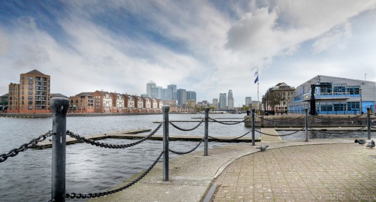 View over Grand Canal Quay towards Canary Wharf